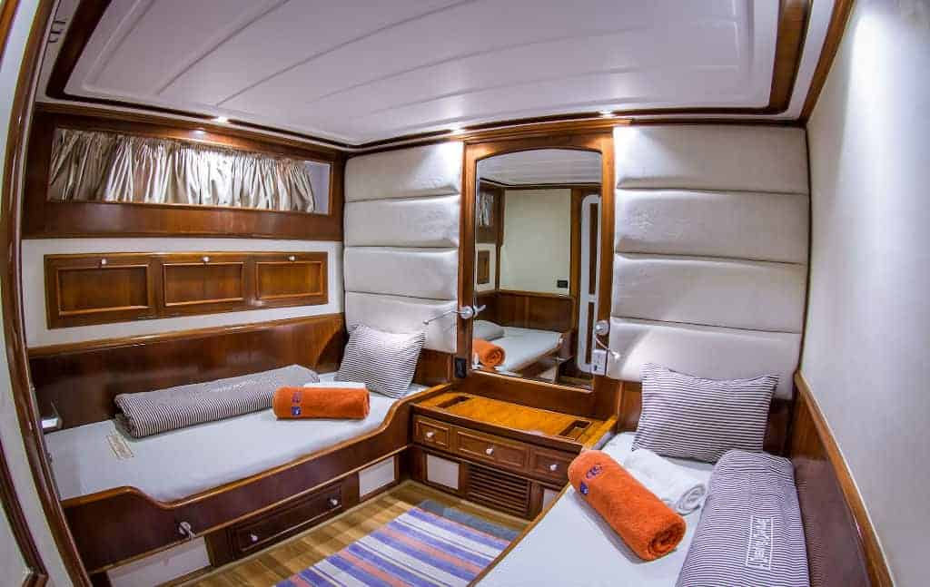 Red Sea Liveaboard Holiday Emperor Superior Twin Cabin