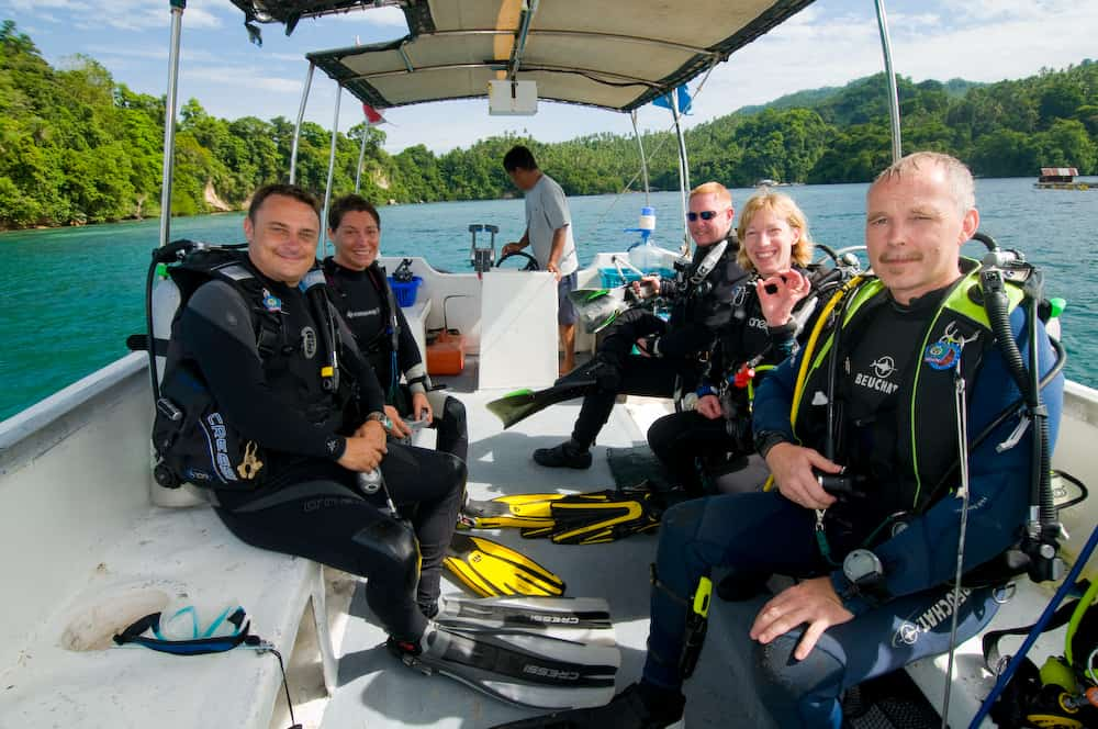 Indonesia Diving Holiday North Sulawesi Lembeh Dive Tender