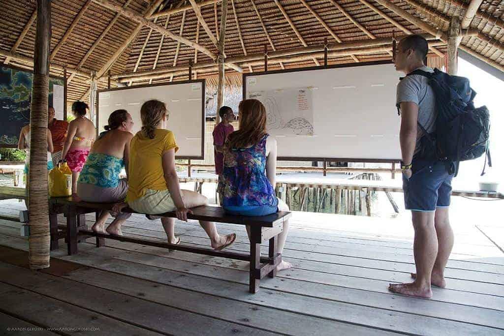 Indonesia Diving Holiday Raja Ampat Kri Eco Dive Briefing