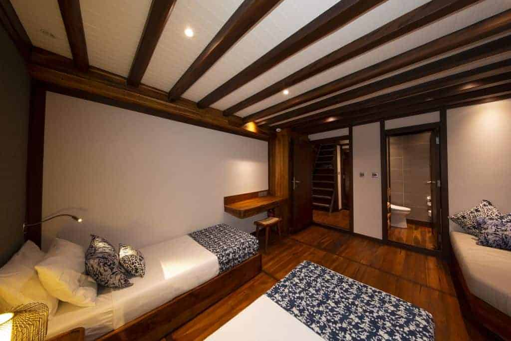 Indonesia liveaboard Diving holidays Coralia Liveaboard Lower Deck Twin Cabin 2