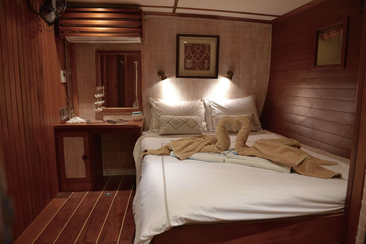 Indonesia liveaboard Diving holidays Emperor Raja Laut double cabin