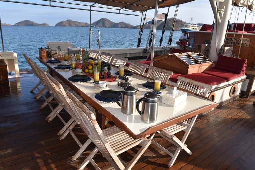 Indonesia liveaboard Diving holidays Emperor Raja Laut outside dining