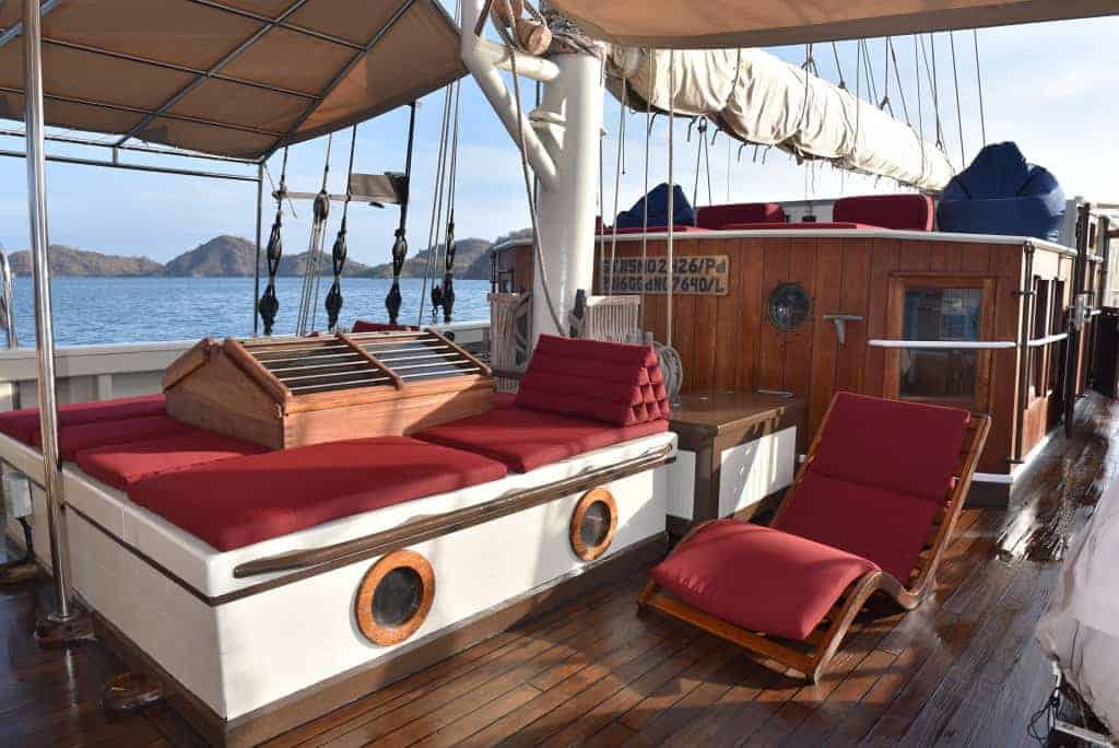 Indonesia liveaboard Diving holidays Emperor Raja Laut sun deck
