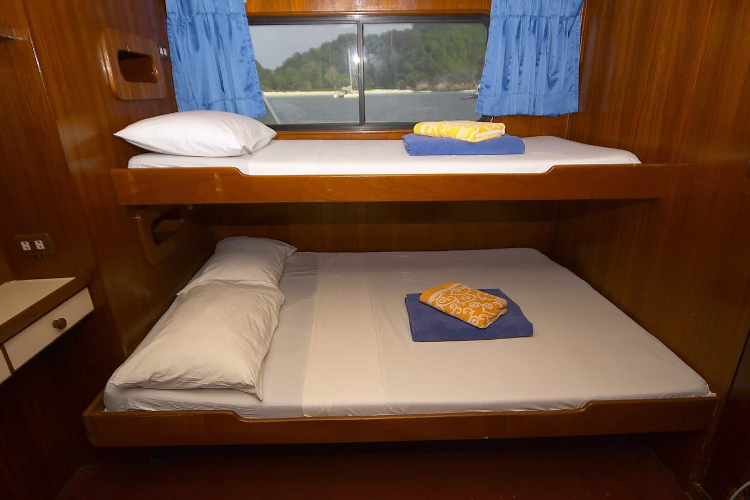 Indonesia liveaboard Diving holidays Mermaid 2 Deluxe Cabin 1