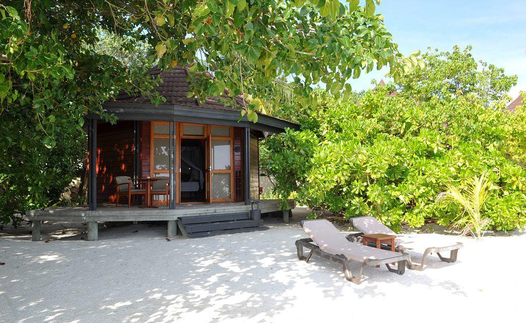 Maldives Diving Holiday Komandoo Beach Villa Exterior