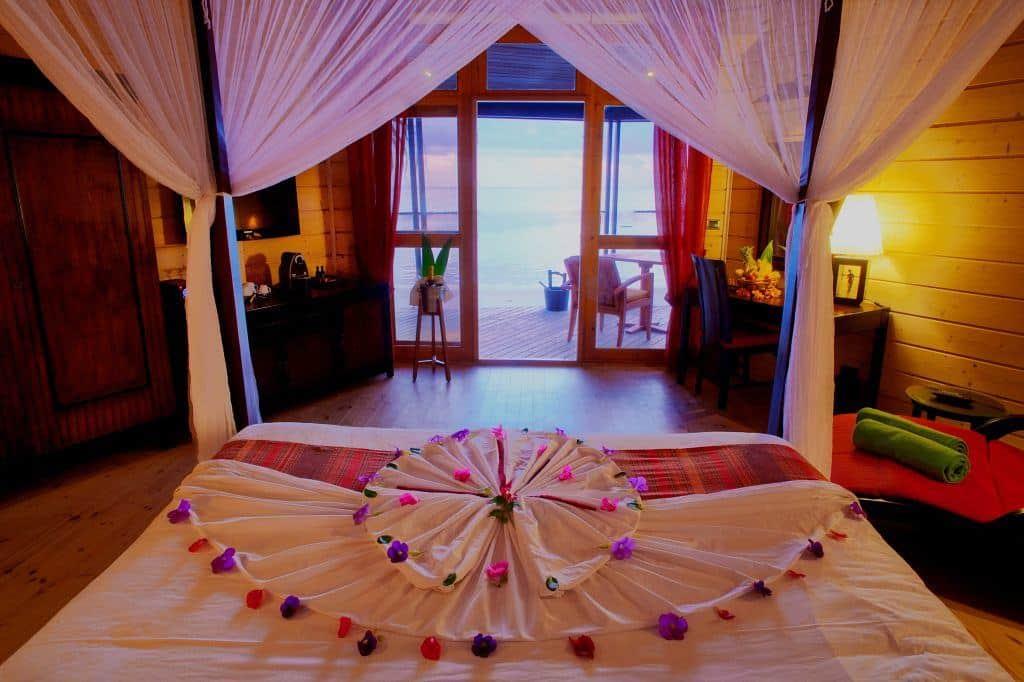 Maldives Diving Holiday Komandoo Beach Villa Interior