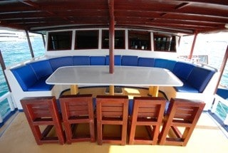 Maldives Liveaboard Holidays Emperor Atoll Dining On Deck