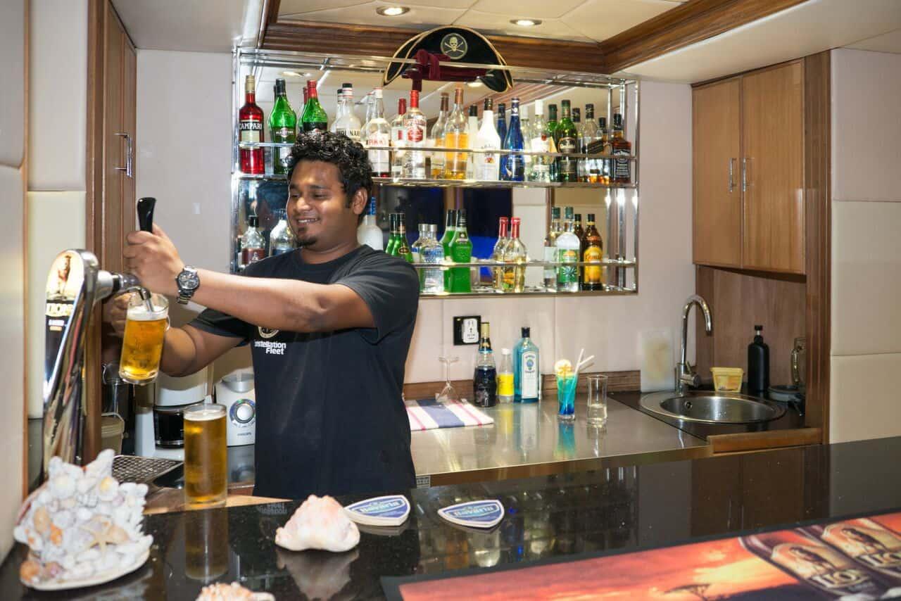 Maldives Liveaboard Holidays Emperor Virgo Bar