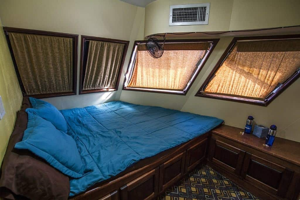 Mexico Socorro Liveaboard holidays Rocio Del Mar Saloon Double bed cabin
