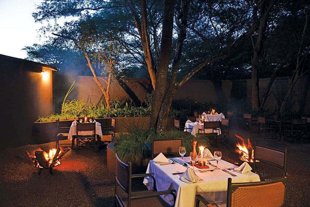 Mozambique Diving Safaris Hluhluwe Game Reserve Falaza Lodge Outside Dinner