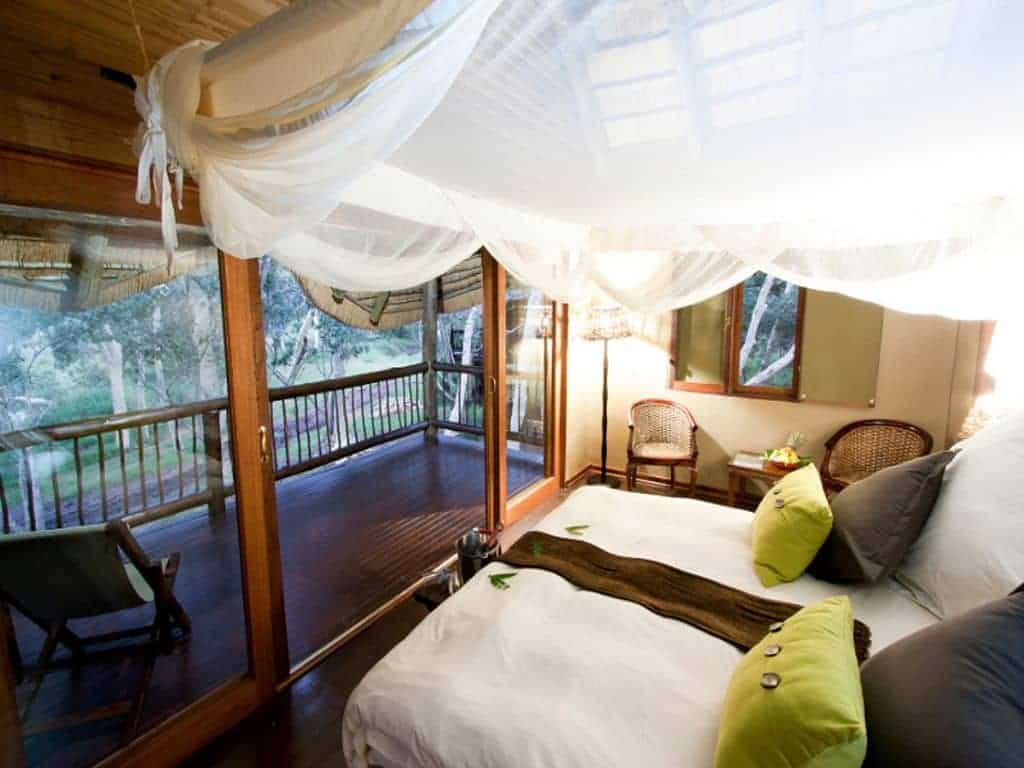 Mozambique Diving Safaris Hluhluwe Game Reserve Ubizane Tree lodge Inside Tree Lodge Room