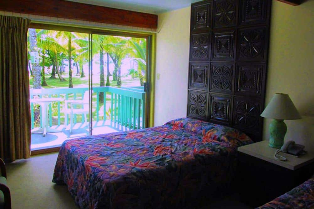 Truk Wreck Diving liveaboard holiday blue lagoon resort twin bedroom