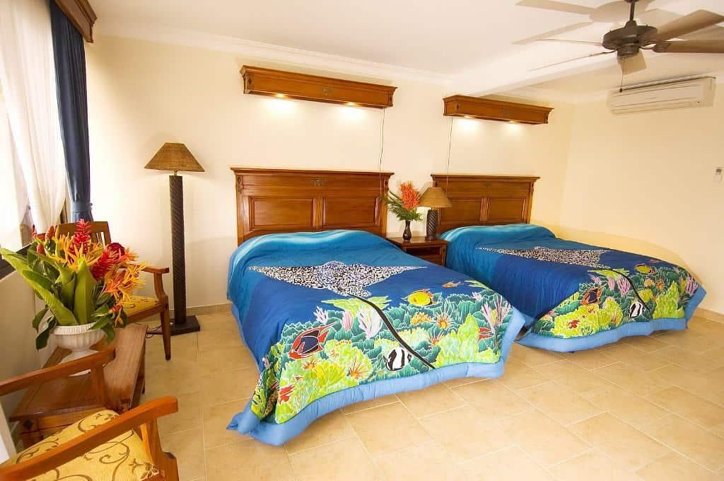 Yap Diving Holiday manta ray resort twin bedroom new