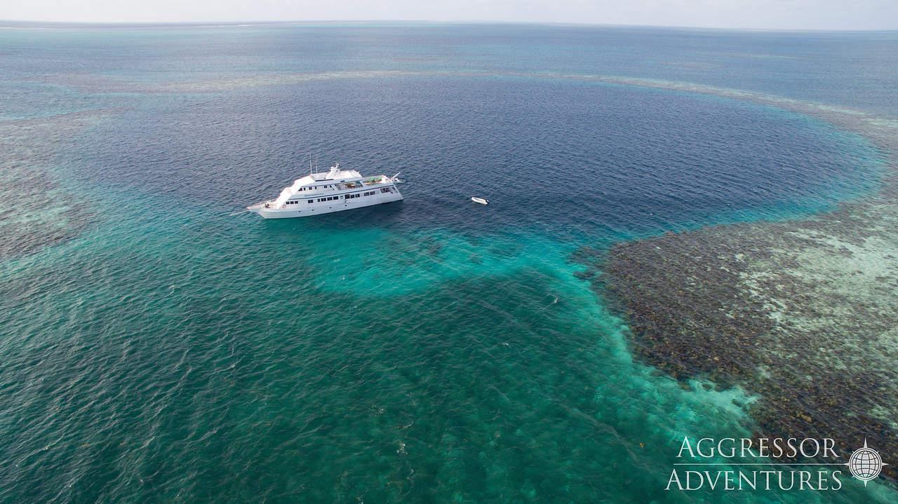 Belize Liveaboard Diving Holiday Aggressor3 Blue Hole