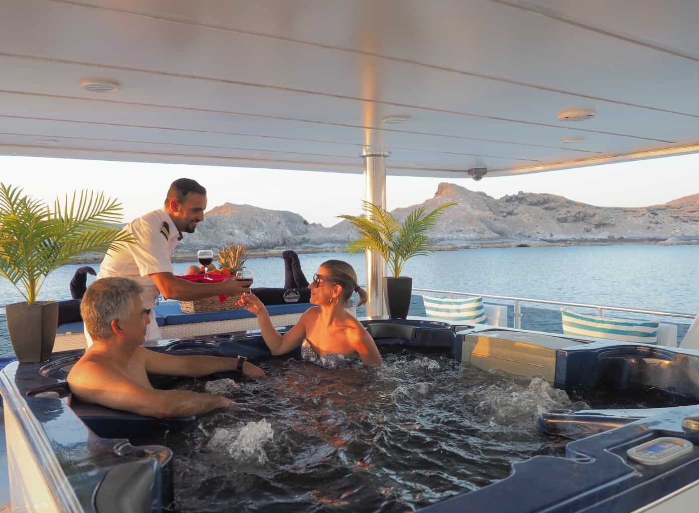 Oman Liveaboard Diving Holiday Oman Aggressor Jacuzzi