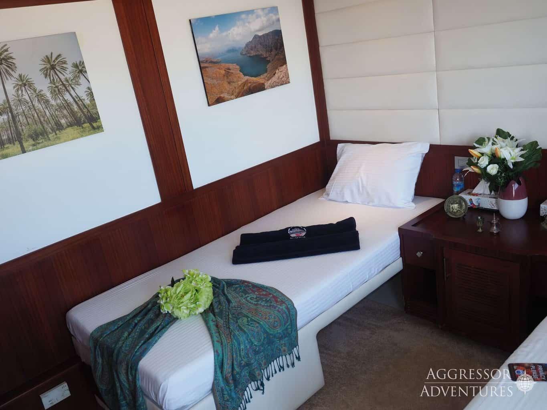 Oman Liveaboard Diving Holiday Oman Aggressor twin cabin internal
