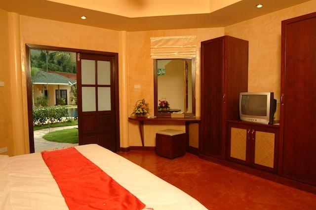 Thailand Diving Holidays Khao Lak Palm Garden Bedroom