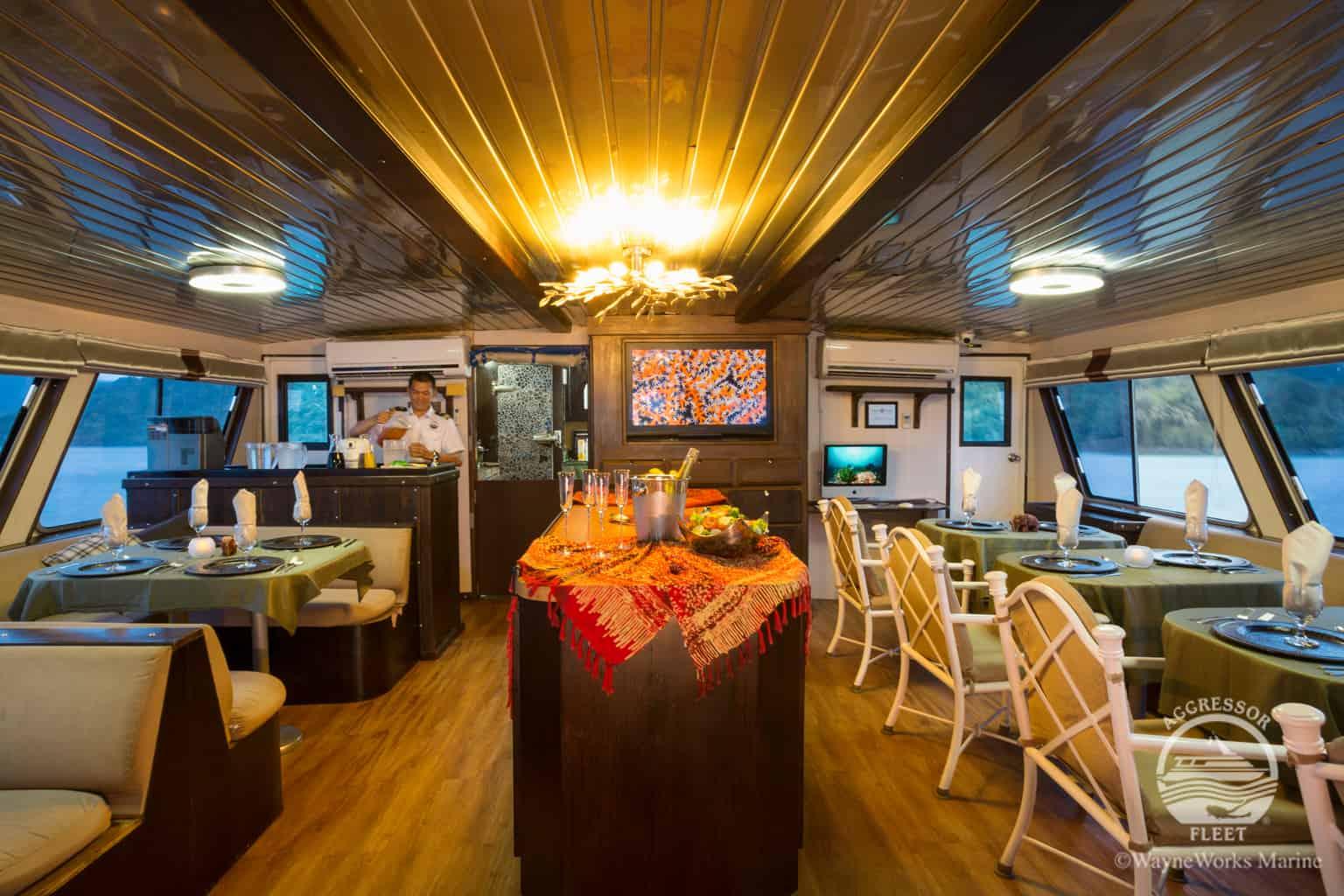 Thailand Diving holidays - Thailand Aggressor restaurants