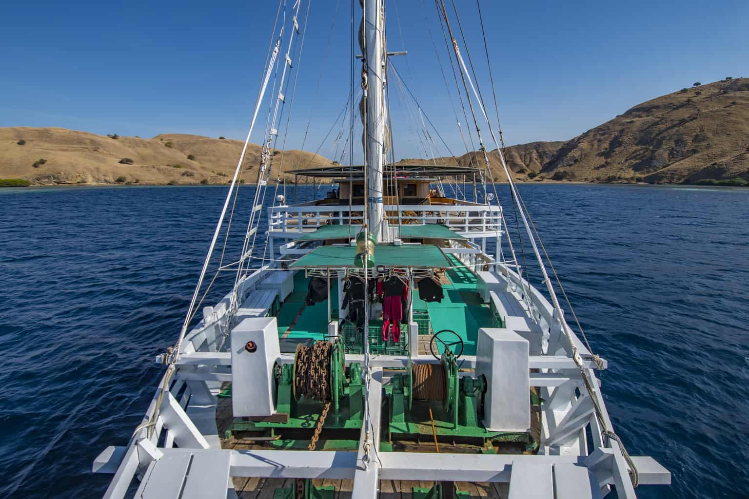 Indonesia liveaboard Diving holidays Pindito outside