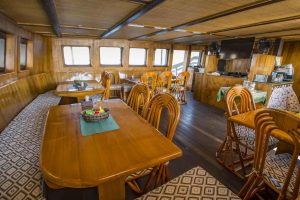 Indonesia liveaboard Diving holidays Pindito restaurant new