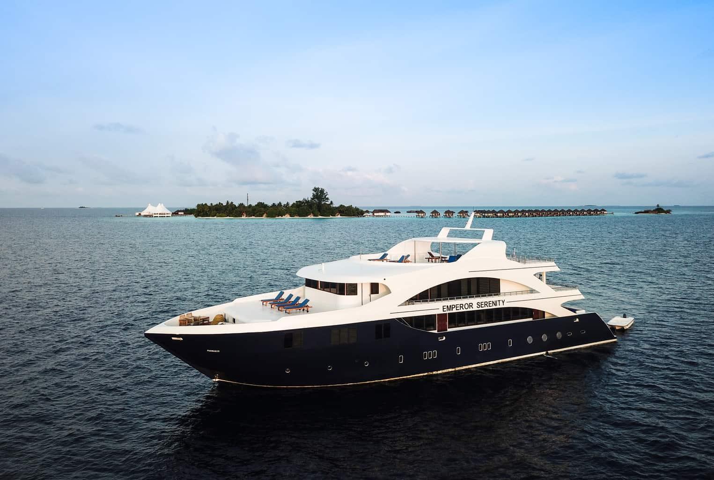Maldives Liveaboard holidays Emperor Serenity